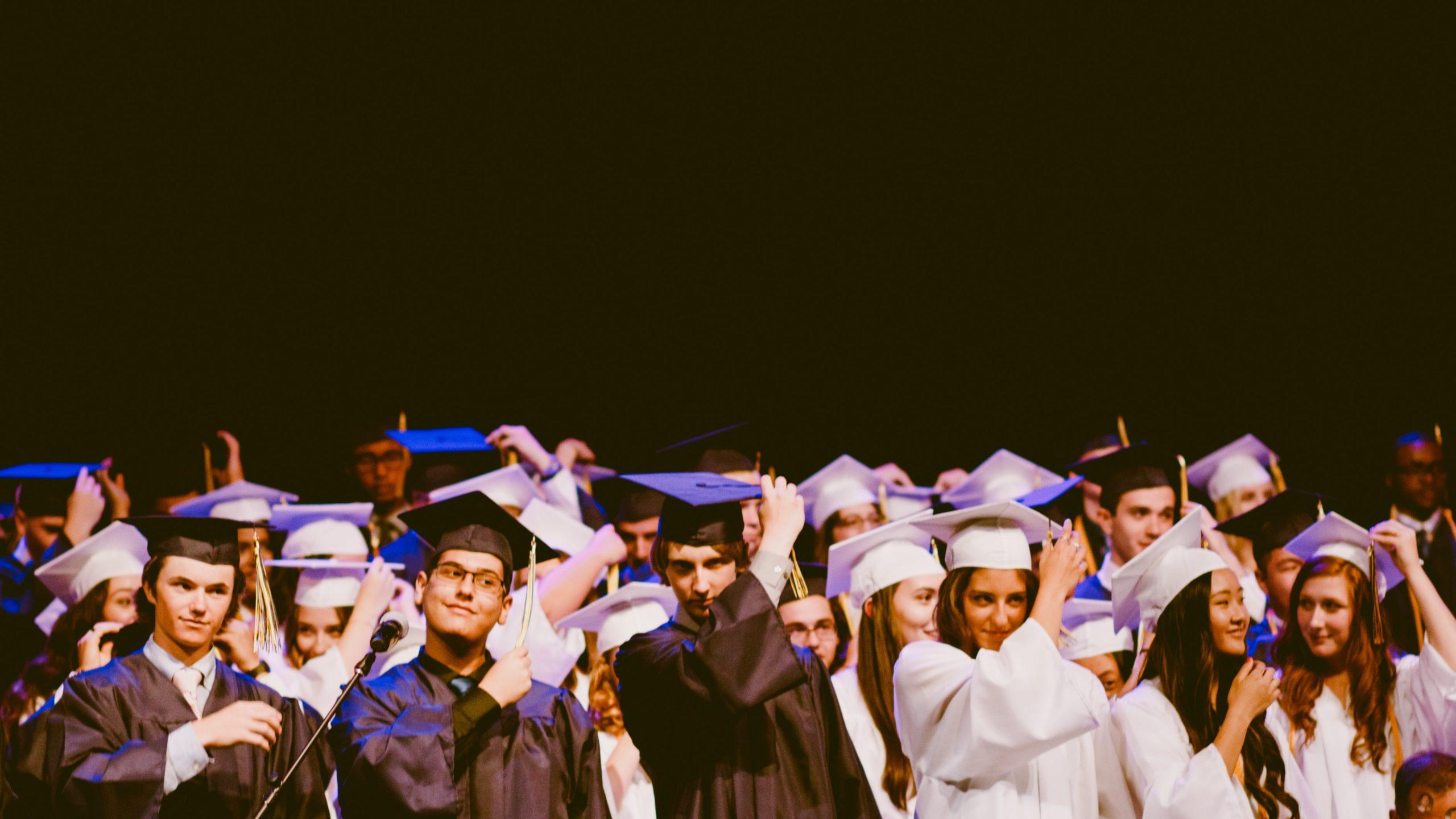 international high school for expats Paris